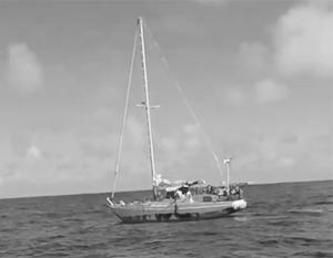 В Тихом океане спасли пять месяцев дрейфовавших на яхте американок