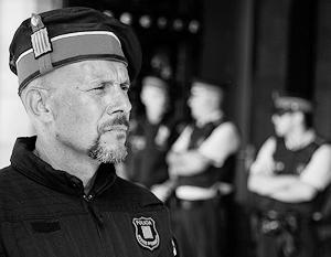 Пока контроль над оружейными комнатами в полицейских участках в Барселоне находится в руках федералов
