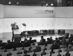 Европейцам сильно надоело слышать от Петра Порошенко одни и те же страшилки о России