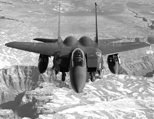 Истребители F-15 собрались оснастить лазерными пушками