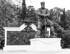 Памятник Александру Третьему отлит на Уралвагонзаводе