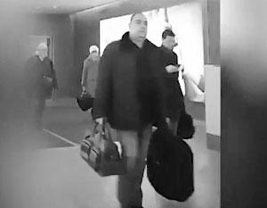 Прилепин показал видео прилета Плотницкого в Москву