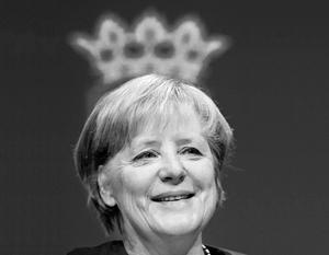 Попытки короновать Меркель в качестве лидера Запада изначально были обречены на неудачу