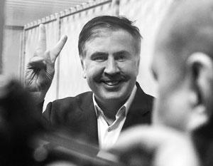 На заседании экс-губернатор успешно давил на жалость – искусству нищенства, видимо, научился в Одессе