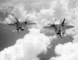 Американские истребители подняли на перехват российских самолетов в Сирии