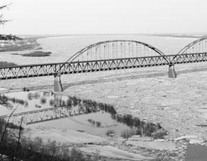Кризис 2014 года помешал проекту автомобильного моста через Лену