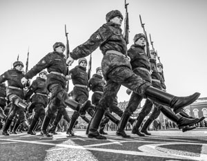 Служба в российской армии вновь стала престижной – 68% опрошенных хотели бы видеть своих родных среди военных
