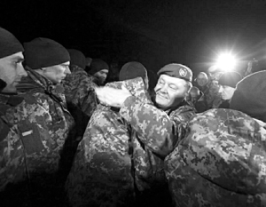 Порошенко настаивает: условием освобождения россиян должна стать теплая встреча с террористом Сенцовым, боевиками УНА-УНСО и другими «сидельцами» российских тюрем
