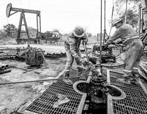 В США отмечено очень резкое падение добычи нефти