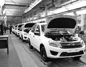 Россияне вывели автомобильный рынок из пятилетнего кризиса