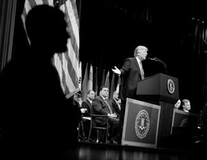 Мнения: Госпереворот в США грозит перейти в «горячую фазу»