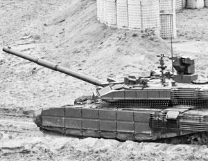 «Прорыв», но еще не «Армата». ВС РФ принимают на вооружение новый танк, но пока это не Т-14, а глубокая модернизация Т-90