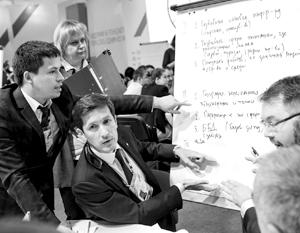 Финалисты конкурса «Лидеры России» решают кейс наставников