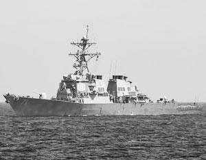 Участвовавший в ракетном ударе по Сирии эсминец США вошел в Черное море