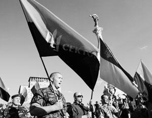 Бандеровский флаг предложили официально поднять над Киевом