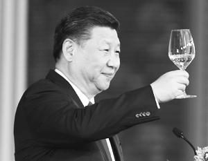 Си Цзиньпин переизбран на пост главы Китая
