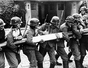 С момента вторжения гитлеровцев в Польшу минуло почти 80 лет, но ущерб от него до сих пор не подсчитан