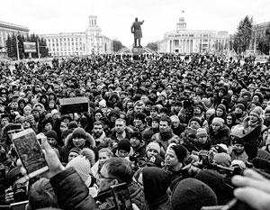 Трагедия в Кемерово вывела на улицы тысячи горожан