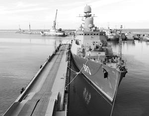 С приходом флотилии из Астрахани Дагестан превращается во владычицу морей
