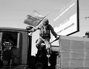 Из-за нехватки БМП армия использует грузовики и даже школьные автобусы