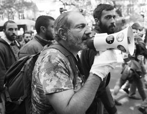 Лидер армянской оппозиции освобожден из-под стражи