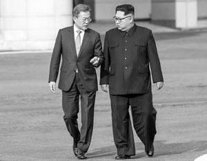 На встрече в верхах Ким Чен Ын и Мун Чжэ Ин оказались примерно вровень