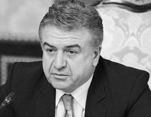 И.о. премьера Армении предложил президенту обсудить внеочередные выборы