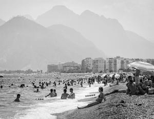Турция надеется на рекордный поток туристов из России, несмотря на девальвацию рубля