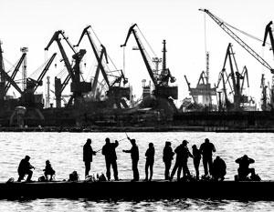 Порт Мариуполя останется без работы, если Россия «закупорит» Азовское море