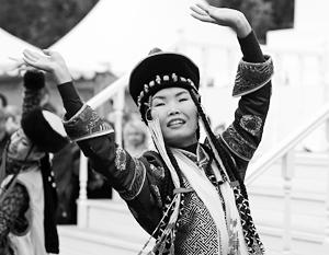 Российское государство по-прежнему гарантирует сохранение культуры двухсот народов России