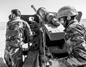 Сирийские артиллеристы отбивали атаки боевиков. Огнем батареи управляли российские советники