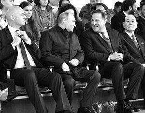 Владимир Путин с президентом Панамы Хуаном Карлосом Варелой и председателем президиума Верховного народного собрания КНДР Ким Ен Намом