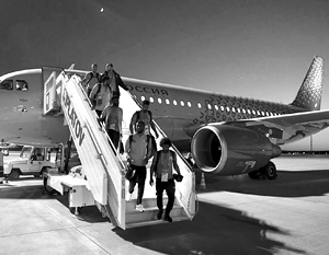 Произошедшее с силовой установкой самолета саудовской сборной было не пожаром, а распространенным, но относительно безопасным сбоем работы двигателя
