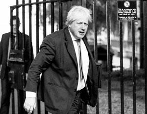 Джонсон ушел – и теперь непонятно, кто встретит Трампа на летном поле Лондона через несколько дней
