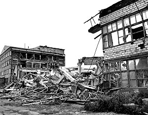 На одной из улиц города Невельска после землетрясения