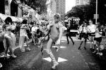 В австралийском Сиднее состоялся 35-й парад геев и лесбиянок в рамках фестиваля Марди Гра. Одних только танцоров на улицы вышло 10 тысяч. Фестиваль начался еще 8 февраля и завершился 35-м юбилейным ежегодным шествием в субботу, 2 марта