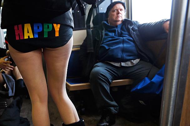 ВЗГЛЯД / Акция «В метро без штанов» прошла в мире