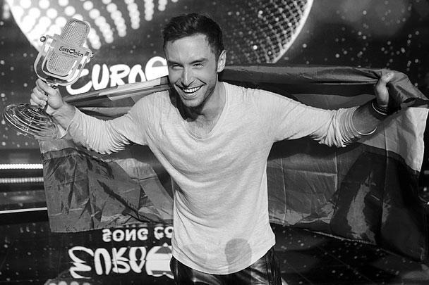 Вот он – победитель «Евровидения-2015», шведский певец Манс Сельмерлев. Представительница России Полина Гагарина, впрочем, тоже добилась на конкурсе определенного успеха