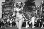 Красочное шоу состоялось в воскресенье на улицах Берлина: ежегодный фестиваль под названием «Карнавал культур». Цель карнавала – продемонстрировать этническое многообразие жителей немецкой столицы
