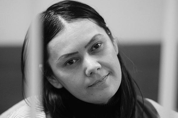 Подозреваемая в жестоком убийстве девочки в Москве 39-летняя уроженка Узбекистана Гюльчехра Бобокулова арестована на два месяца решением Пресненского суда. Сама она против такой меры пресечения не возражала. На вопрос о мотивах поступка ответила: «Аллах приказал»