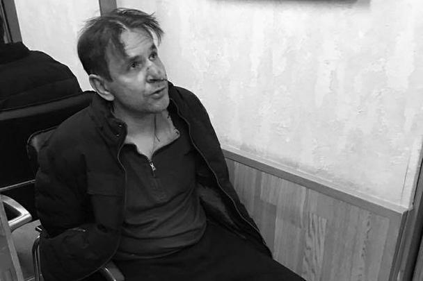 Гражданин Израиля Борис Гриц ворвался в редакцию радио «Эхо Москвы» и ударил ножом в горло ведущую Татьяну Фельгенгауэр. Она госпитализирована, угрозы жизни нет. Причиной нападения Гриц (на фото) назвал «сексуальное телепатическое преследование» со стороны журналистки