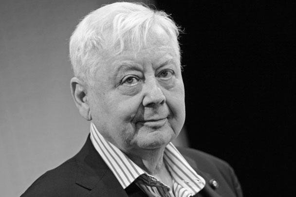 Знаменитый российский актер, режиссер театра и кино, народный артист СССР Олег Табаков скончался в больнице, где он находился с конца 2017 года. Табаков запомнится десятками блестящих ролей и неподражаемыми тембром и интонацией голоса