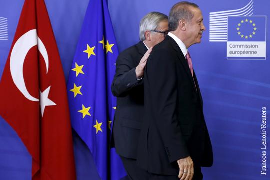 """Еврокомиссия готовится, """"зажав нос"""", одобрить отмену виз с Турцией"""