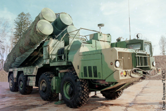 Российскими С-300 Иран прикроет заводы по производству ракет