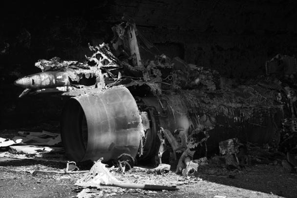 Обломки снарядов, которыми США бомбили сирийскую базу