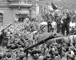Митинги протеста были, фактического сопротивления не было (фото:Libor Hajsky/Reuters)