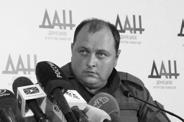 Главное преимущество временно исполняющего обязанности главы ДНР Дмитрия Трапезникова в том, что в его руках сейчас сосредоточен главный административный ресурс