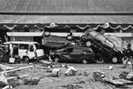 Более 830 погибших, тысячи зданий превращены в руины, хаос и разрушения. Так выглядит густонаселенный индонезийский остров Сулавеси после более чем 7-балльного землетрясения, вызвавшего цунами с волнами до 5 метров в высоту (фото: WILANDER/EPA/ТАСС)