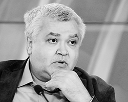 Максим Кронгауз (фото: Александр Натрускин/РИА Новости)