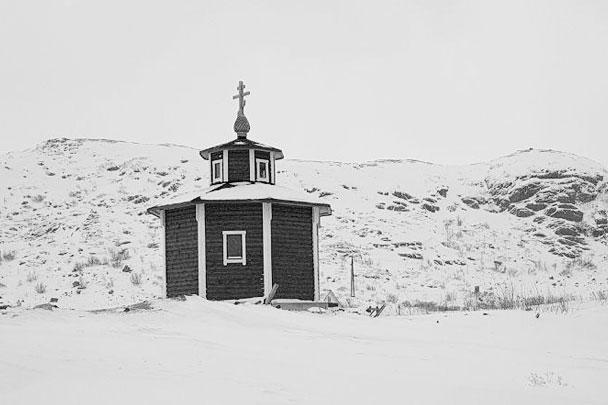 Часовня иконы Божией Матери Тихвинская в новой Териберке, бывшем поселке Лодейное